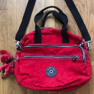 Kipling travel bag with two monkeys